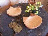 ねこ・木の豆皿(ぶち)